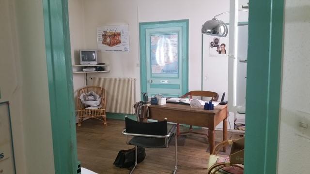 Droit au bail - Locaux tous commerces - Salon de Coiffure Esthétique Parfumerie