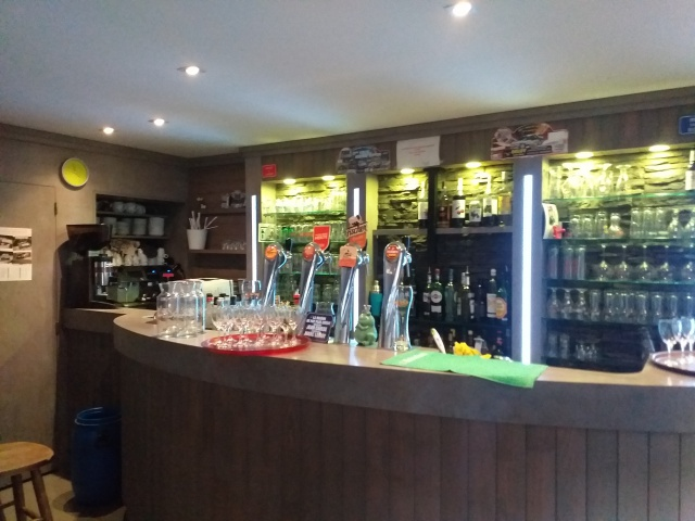 Bar restaurant de montagne - Radio Pétrin